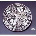 377 Ornate brooch round grapevine/Vine leaves