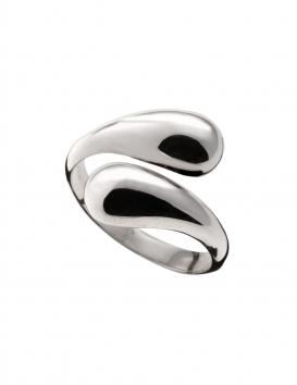 Stylish and curvy Snake ring