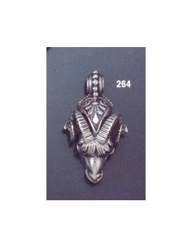 264 Ram's head torc pendant