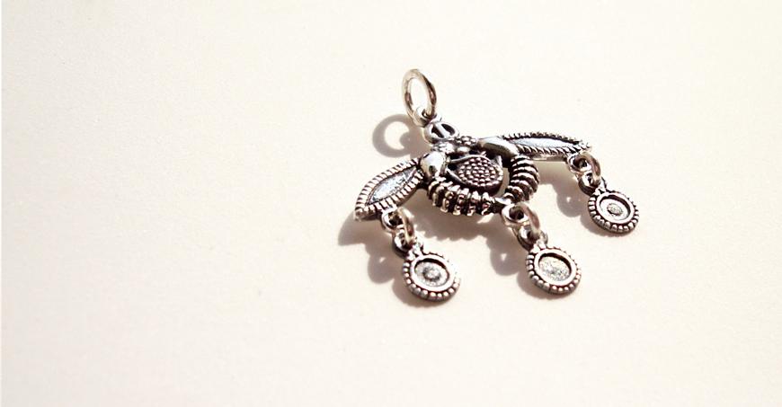 Malia bees jewelry pendant 338 - minoan jewelry