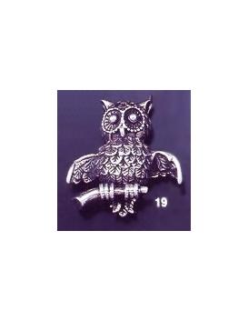 19 Owl brooch