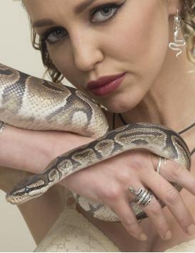 Minoan goddess snake ring. Silver Greek jewelry