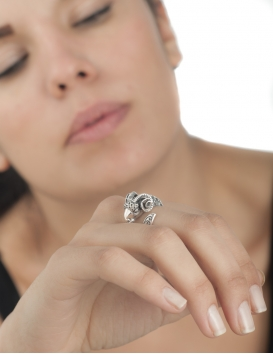 Silver Ram head Aries ring