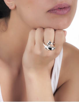 Greek dolphins ring. Elegant dolphin jewelry from cycladic islands and crete