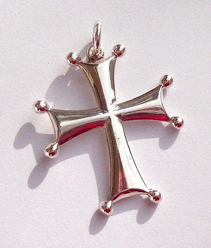 typical byzantine jewellery, cross patee and knights templar design